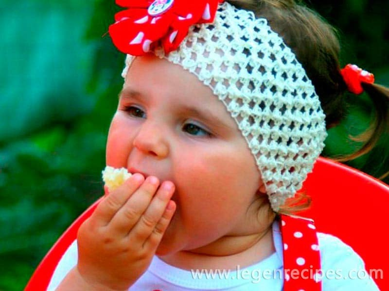 Baby gluttony. Causes and methods of struggle