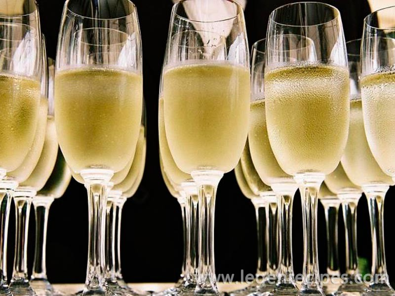Champagne under the wing of UNESCO