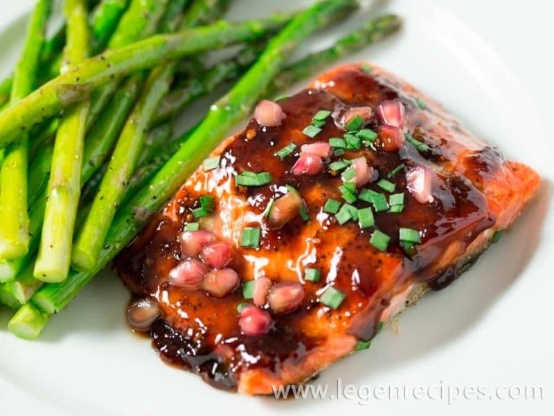 pomegranate soy glazed salmon pomegranate soy glazed salmon salmon ...
