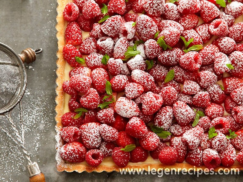 Strawberry and Raspberry Tart with Mint